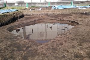 水が溜まった竪穴住居