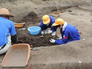 発掘作業の様子