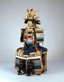 「色々威胴丸具足」白鳥神社蔵